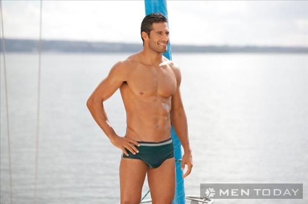 Bst quần bơi đơn giản mà phong cách cho các chàng đi biển