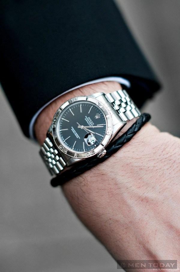 Làm thế nào để có chiếc đồng hồ hợp mọi phong cách