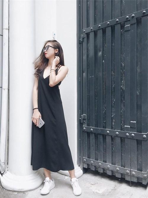 Những gam màu trầm thành xu hướng thời trang của mỹ nhân việt