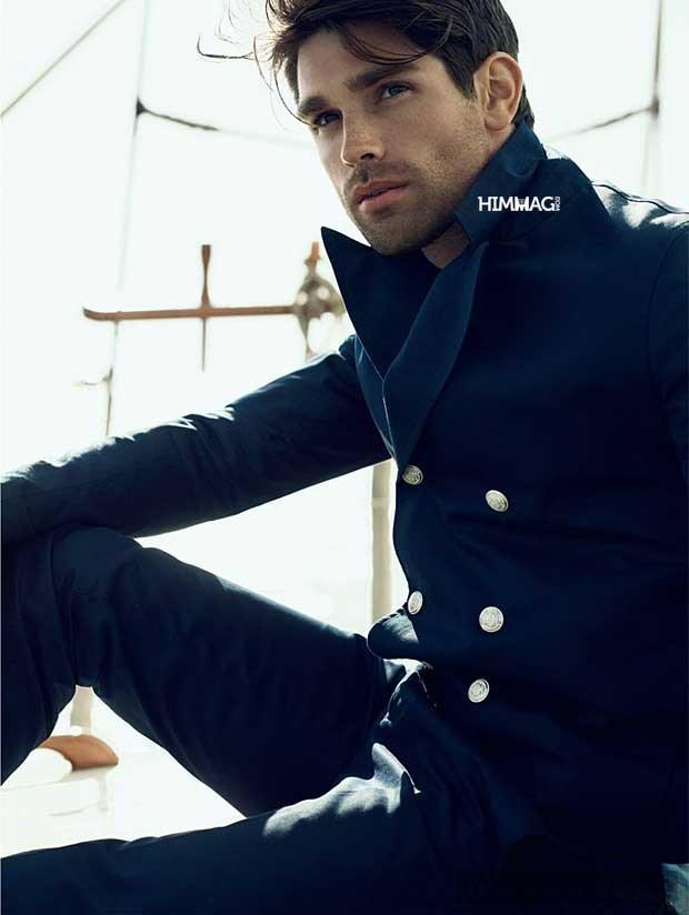 Phối đồ nam phong cách cuốn hút cùng màu xanh navy
