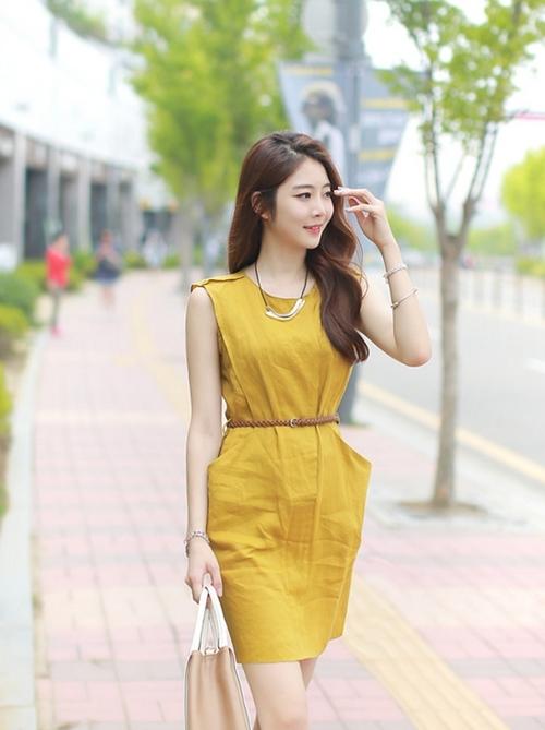 Quyến rũ sang trọng với váy đầm đơn sắc hàn quốc