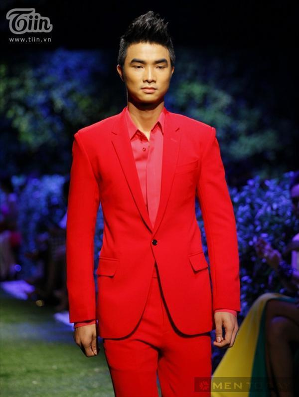 Xu hướng sắc màu thời trang nam từ ntk đỗ mạnh cường