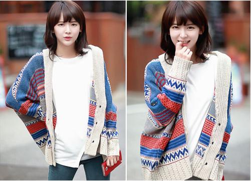 Áo khoác len nữ họa tiết thổ cẩm cho nàng nổi bật trên phố