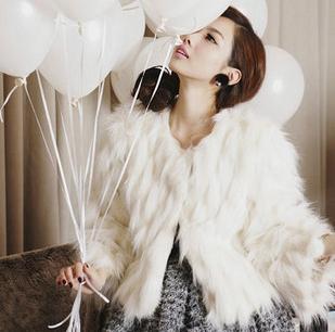Áo khoác nữ lông vũ không lạnh cho nàng ngày đông