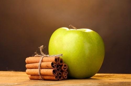 Giảm ngay 3kg 1 tuần với nước quế táo