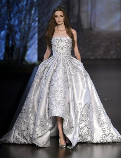 Ngắm bst váy xuyên thấu tuyệt đỉnh của zuhair murad