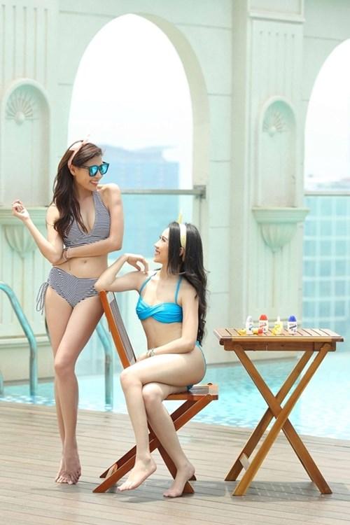 Thúy diễm hồng loan tự tin khoe dáng cùng bikini