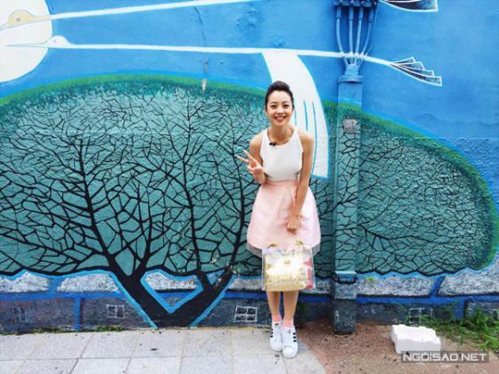 Ngắm nhìn mẫu túi xách nhựa đẹp sành điệu cho nàng công sở hè 2017