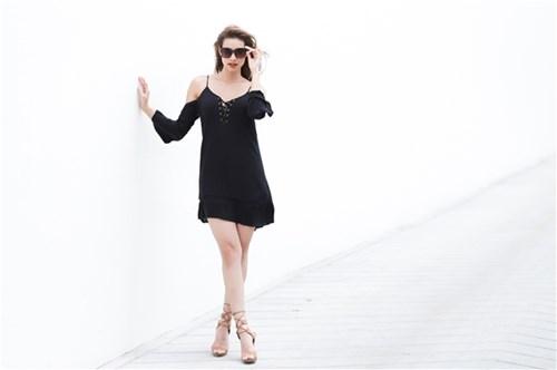 Bí quyết mặc đẹp của lilly nguyễn với 7 món đồ đơn sắc