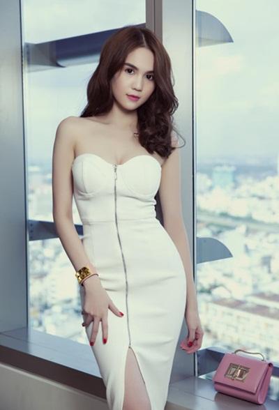 Ngắm dàn sao việt gợi cảm với váy áo corset