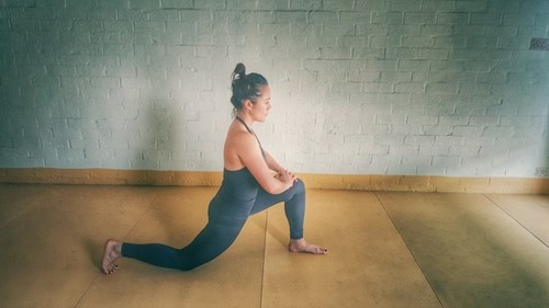 Những tư thế yoga tốt nhất vào buổi sáng chiều và tối