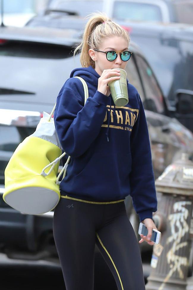Xu hướng thời trang 2016 ai cũng mặc đồ tập gym ra phố