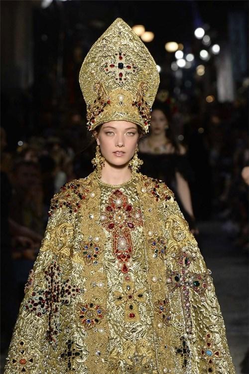 Bst thời trang lung linh như ánh sáng chốn thiên đường
