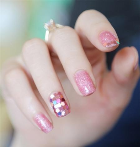 9 gam màu nail cuốn hút nhất mọi thời