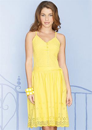 Những kiểu váy liền thân đẹp mang đậm phong cách châu âu