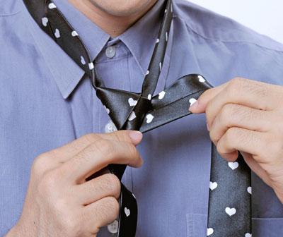 Cách thắt cà vạt nam đẹp thời trang hè 2017 đơn giản nhanh chóng