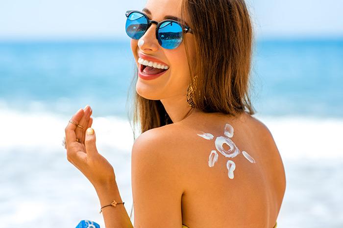 Thuộc lòng lưu ý về kem chống nắng cho bạn gái