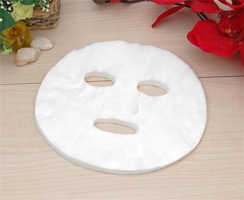 Nhúng mặt nạ giấy vào chén nước công dụng còn hơn cả đi spa