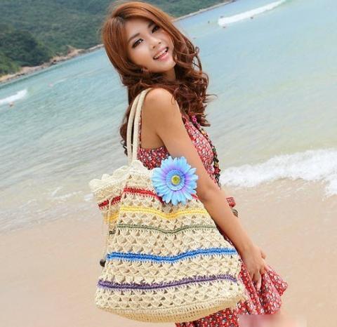 Túi cói nữ đẹp cho nàng công sở tung tăng dạo biển hè 2017