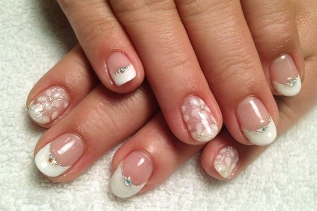 Mẫu móng tay đẹp cho cô dâu hot nhất 2017
