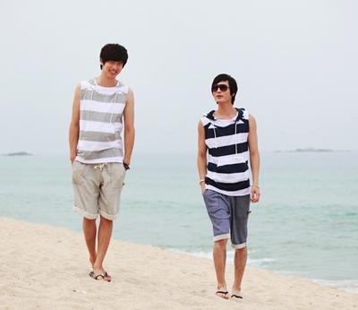 Áo thun nam đi biển đẹp cá tính cho chàng khoe body dưới nắng hè
