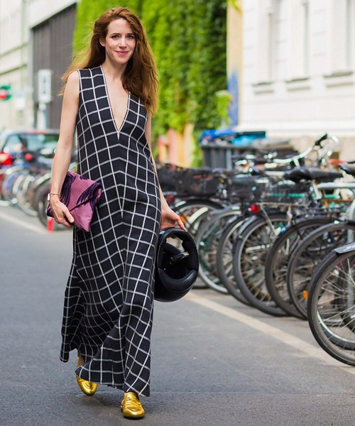 Các tín đồ berlin mặc gì đi xem thời trang
