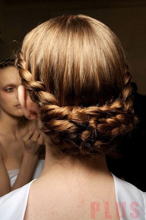 Những kiểu tóc đẹp 2017 sang trọng cho bạn gái đi dự tiệc