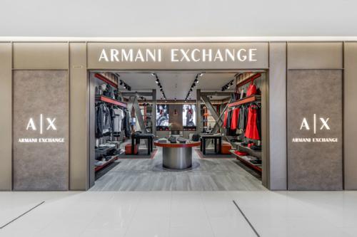 Phong cách smart casual năng động và thời thượng với armani exchange