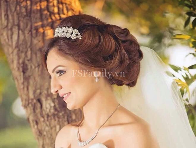 Tóc búi đẹp cho cô dâu quyến rũ nhất trong ngày cưới