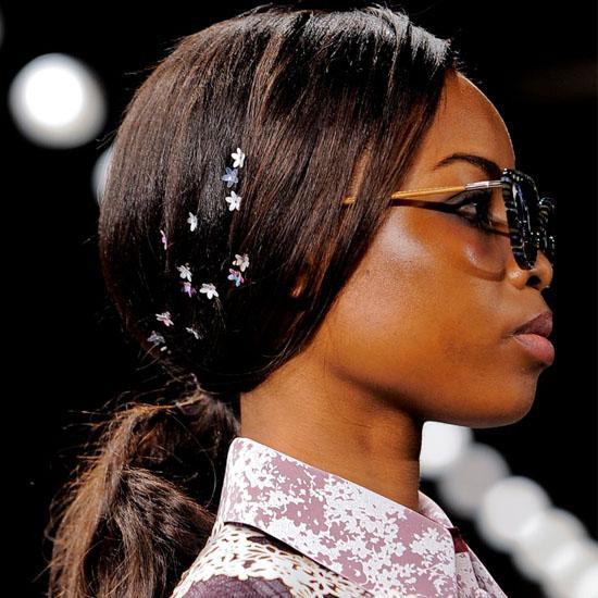 Bật mí kiểu tóc buộc cực đẹp đơn giản cho nàng