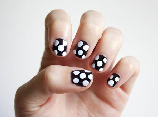 Những mẫu móng tay chấm bi dễ thương nhất cho bạn nữ 2017