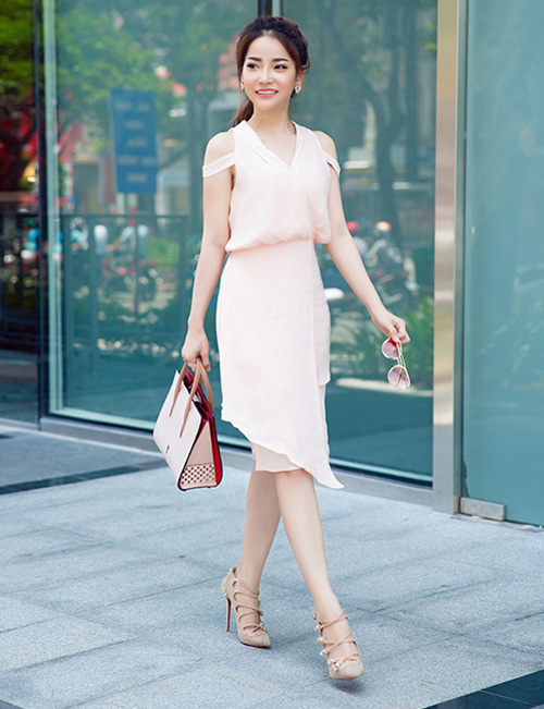 Cô nàng 9x điệu đà diệu dàng với váy mùa thu
