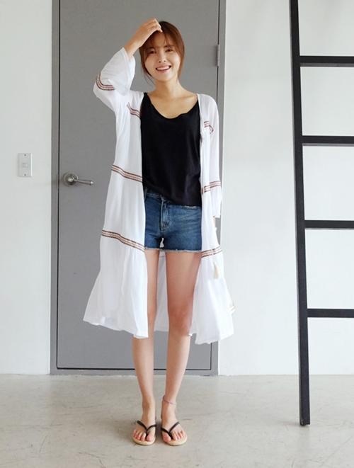 Áo khoác chiffon chất xúc tác cho mọi phong cách mùa hè