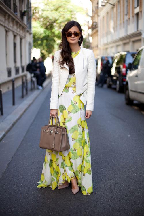 Thu này nữ công sở đừng quên mặc váy maxi đi làm