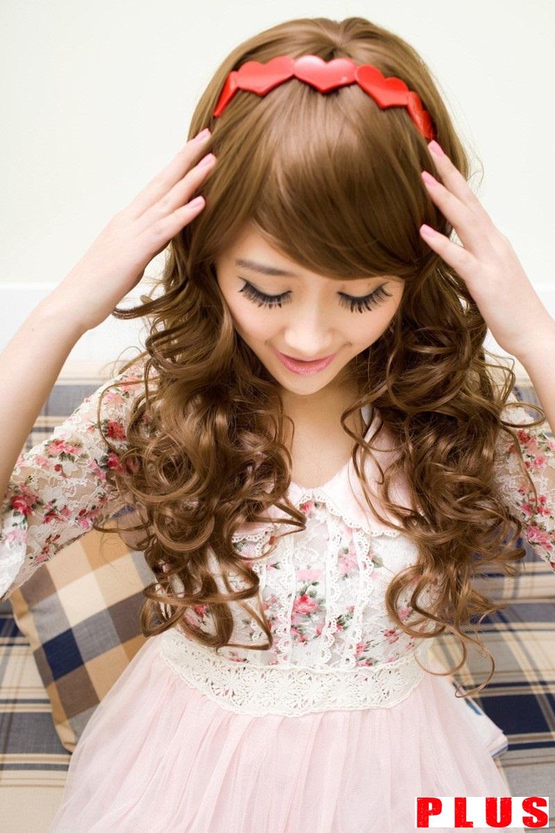 Những kiểu tóc xoăn lọn to đầy quyến rũ hè