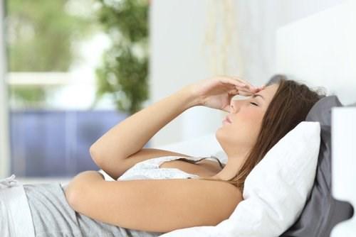 7 dấu hiệu cho thấy cơ thể đang căng thẳng vượt quá sức chịu đựng
