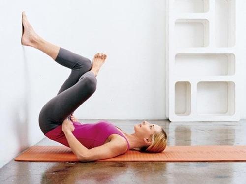 Mỡ bụng - đùi - mông sẽ tự tiêu biến nếu nằm trên giường 5 phút mỗi ngày