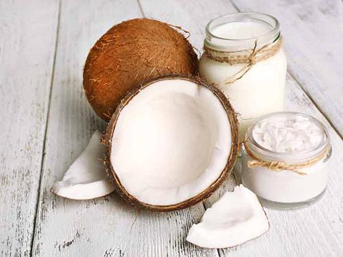 8 công dụng bạn không thể bỏ qua của dầu dừa