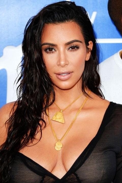 Những mái tóc làm nên tên tuổi kim kardashian