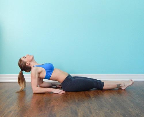 4 bài tập thể dục mỗi sáng để vòng 1 căng tròn săn chắc