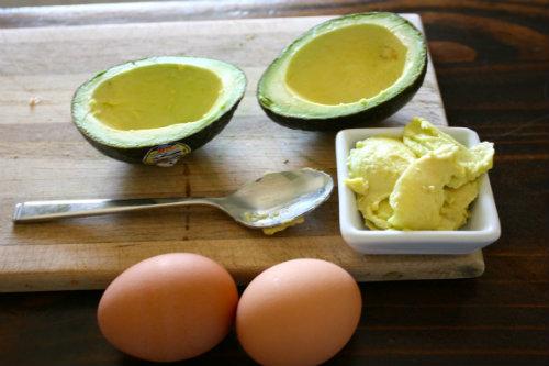 5 loại mặt nạ rẻ bèo từ quả bơ cho tóc luôn mềm mượt mùa hanh khô