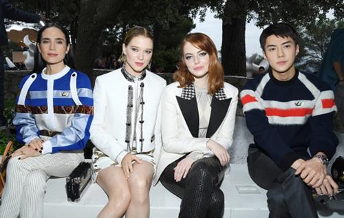 sao kpop ngày càng quyền lực trên hàng ghế đầu show thời trang