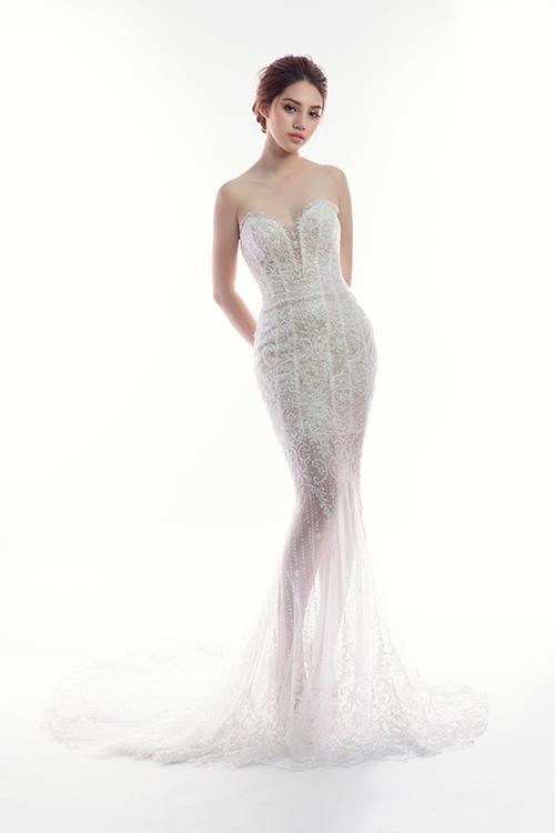 Váy cưới trong suốt sẽ giúp nàng dâu đẹp như nữ thần