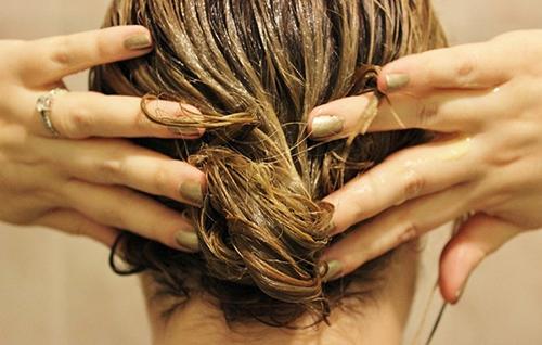 Công thức dưỡng tóc bằng sả cần nắm rõ trong mùa tóc rụng