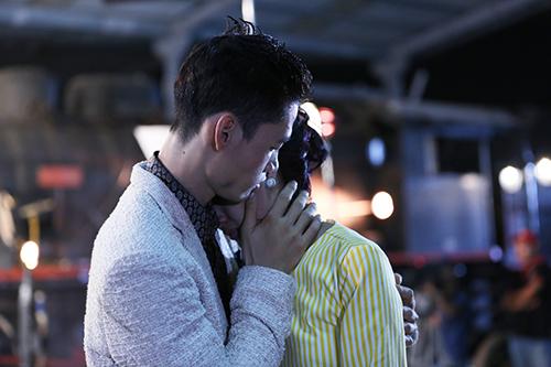 Viet nam next top model rộ lên tin đồn các thí sinh yêu nhau