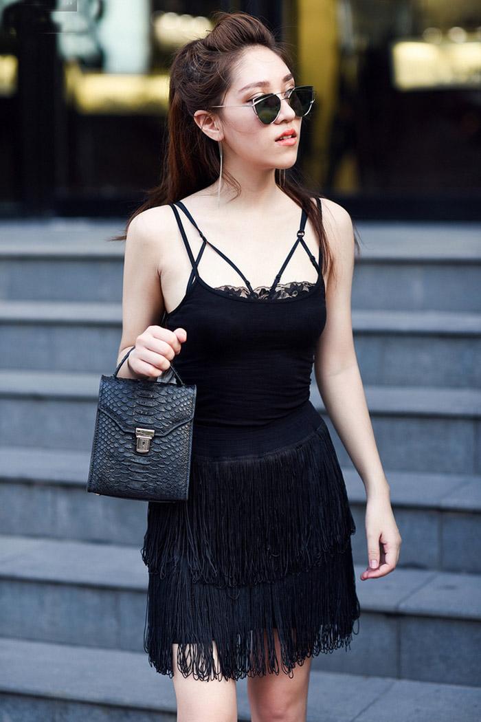 Cao 1m58 nhưng cô gái này mặc gì cũng sexy vô đối