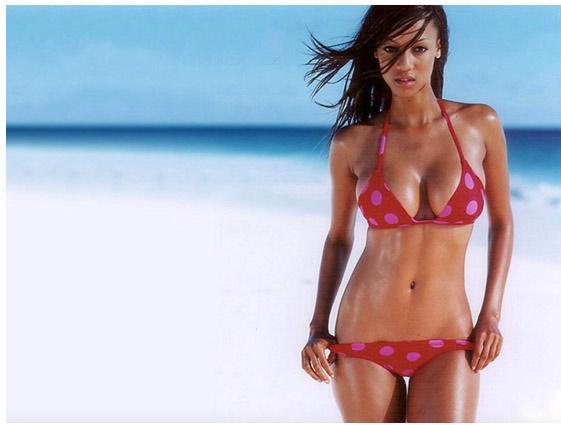Người mẫu bikini gợi cảm từng mất việc vì béo