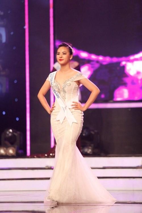 Những thí sinh có chiều cao thấp kỉ lục tại các cuộc thi vietnams next top model