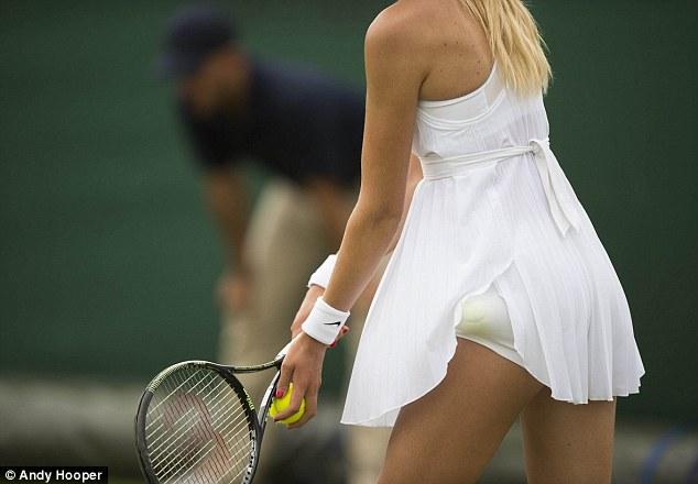 Loạt váy áo ngắn hở lạ gây ồn ào tại wimbledon