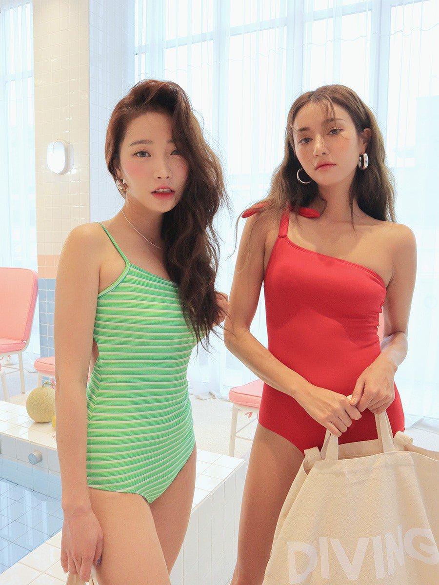 Những mẫu bikini đẹp hô biến cô nàng ngực nhỏ thành mỹ nhân